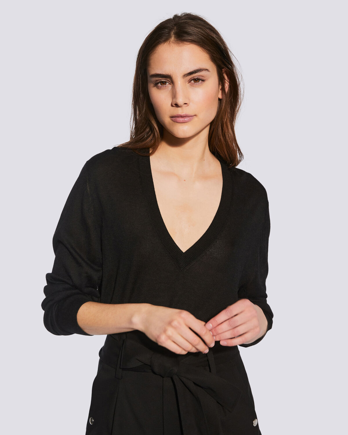 IRO - DRIVE RELAXED V NECK SWEATER BLACK