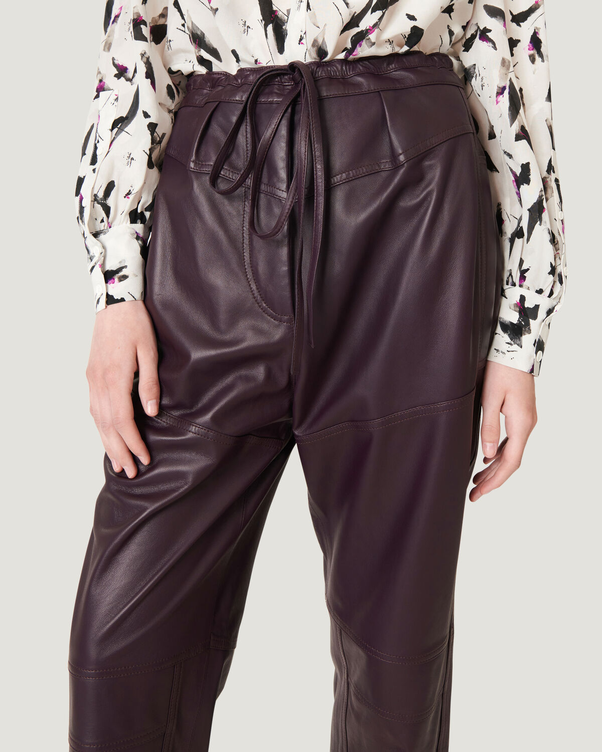 IRO - HOSHO RELAXED CROPPED LEATHER TROUSERS PURPLE